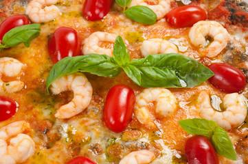 pizza gamberi e pomodorini