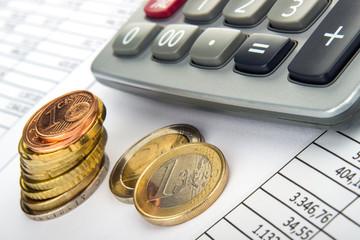 Taschenrechner Euromünzen auf Tabelle