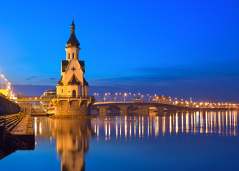 Church of Saint Nicholas, old embankment and Havanskyi Bridge in