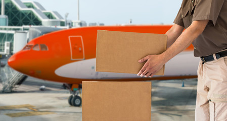 transport Air parcel delivery service