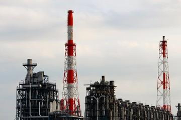 工場と煙突