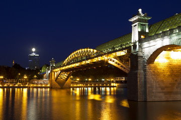 Andreevsky bridge in Moscow at night
