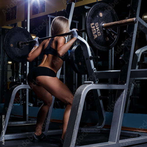 canvas print picture Beautiful girl in the gym