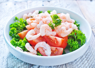 salad with shrimps