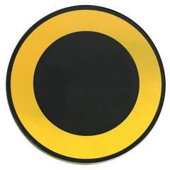 disque métal noir, couronne ocre