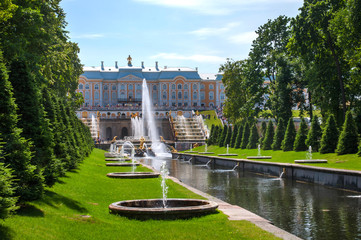 Petergof: The Samson fountain, St Petersburg, Russia