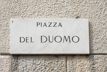 Street sign of piazza del Duomo in Milan, Italy