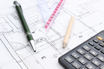 Drawing accesories and calculator on housing plan