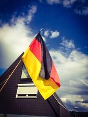 Deutsche Flagge an einem Haus
