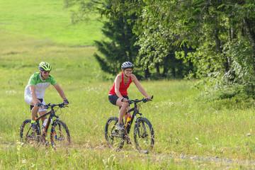 Zwei Radsportler