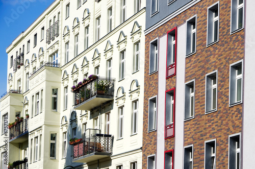 canvas print picture Berlin Apartment houses