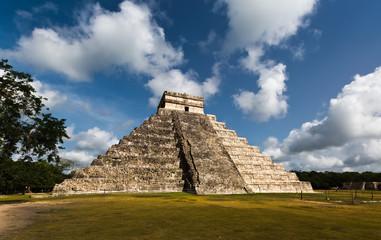 Maya Pyramid, Chichen-Itza, Mexico