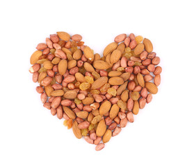 Heart shape of raisins and peanuts.