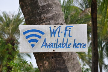 Wi-fi available here sign