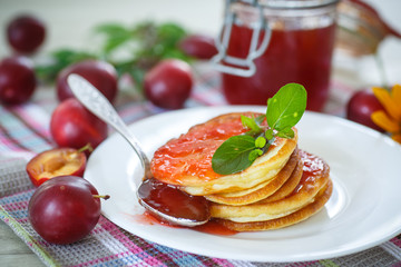 pancakes with plum jam