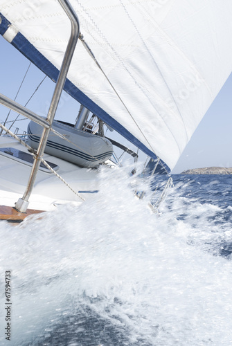 canvas print picture Segelyacht in Fahrt