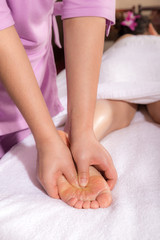 spa foot by touch