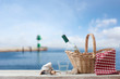 Picnic for one person at the sea - 67618353