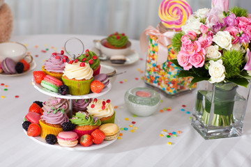 Cupcakes, flowers and candy