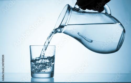 Leinwandbild Motiv Drink water