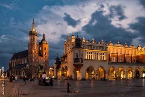 Foto op Canvas Oost Europa Marienkirche von Krakau und Tuchhallen