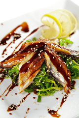 Chuka Seaweed with Unagi Salad