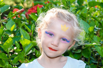 girl with princess face painting