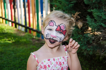 hallo kitty face painting