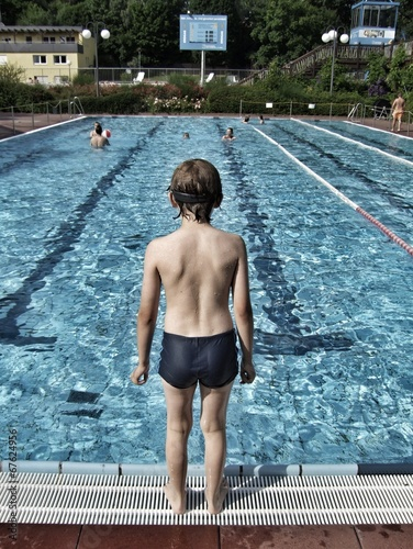 canvas print picture Kind am Pool