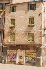 Venedig, historische Altstadt, altes Haus, Leerstand, Italien