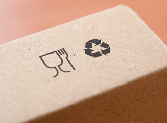 Symbols of restaurant and recycling