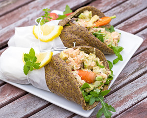 healthy salmon wraps