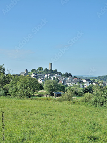Leinwanddruck Bild Urlaubsort Hartenfels im Westerwald nahe Selters