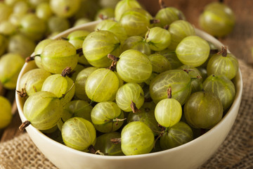 Organic Raw Green Gooseberries