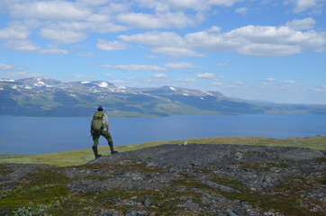 Hiking in the mountains around Abisko