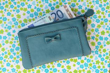 Portemonnee met huishoudgeld