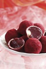 Praline,gefüllt mit Fruchtfleisch Pralinens