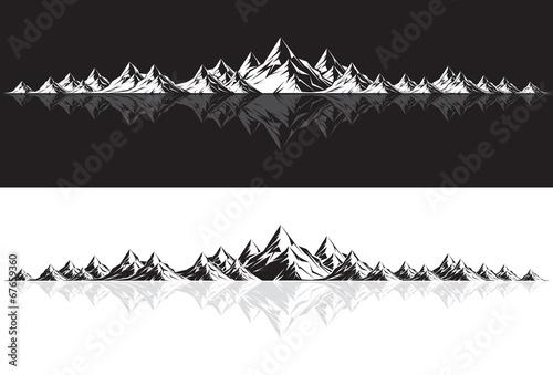 Fototapeta Mountain Range with Reflection