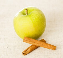 Diet with Apple and Cinnamon