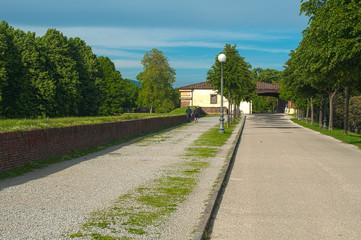 Lucca - Passeggiata sulle mura