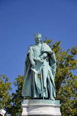 Monumento al Millennio, statua di Andrea II , Budapest.