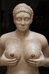 Fountain of tits, Italy