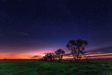 Sternenreicher Sonnenuntergang
