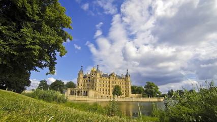 Schwerin Castle, Germany (Time Lapse)