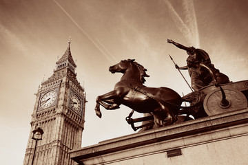 Queen Bodica statue in London