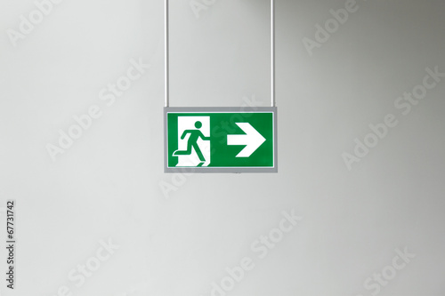 exit sign - 67731742