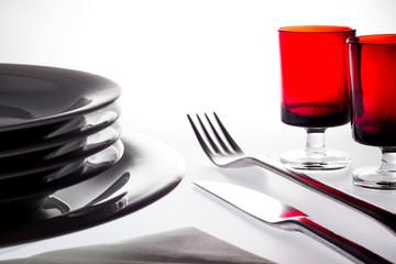 Besteck Teller und Gläser