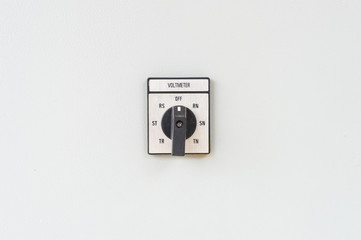 Voltage button on the wall