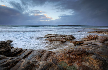 Oak Park, Cronulla on a rainy day with choppyn seas