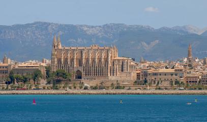 Catedral desde puerto